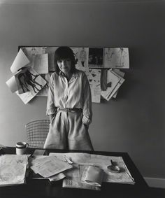 Mary Quant by Arnold Newman, 1978 Mary Quant, Environmental Portraits, Inspiration For The Day, Still Life Images, Classic Portraits, Popular Art, National Portrait Gallery, Poses, Creative Portraits