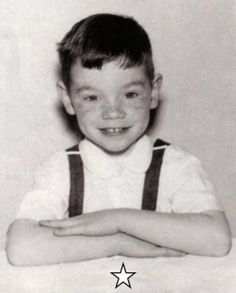 DAVID STEPHEN CARUSO (Forest Hills, Nueva York USA) David Caruso, Young Celebrities, Celebs, Baby Pictures, Cute Pictures, Jackson, Miami, Photographs And Memories, Kiss Of Death