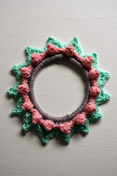 Hooks with Saar and Mien: 101 living ideas picture frame