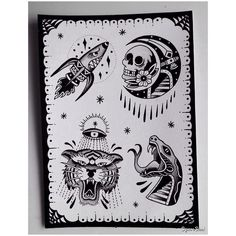 Diseños hechos por @isasantanatattoo para el siguiente Flash Day en @nolandtattooparlour ! El Jueves 17 de Noviembre estaremos desde las 11:00 hasta las 00:00 ! Para citas e info escríbenos a tatuajes@nolandtattooparlour.com #tattoo #tattooculture #tattoolife #tattoostudio #tatuajesvalencia #traditional #traditionaltattoos #ink #flash #inkaddicts #inkstagram #snake #skull #tattooart #tiger #ninemag #nolandtattooparlour #oldlines #moon #dark #blackwork #darkart