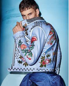 David Trulik by Branislav Simoncik for ELLE Man CZ - #Menswear #Trends #Tendencias #Moda Hombre