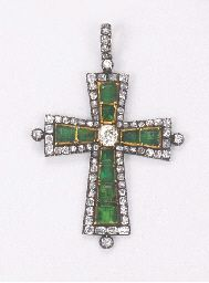 AN ANTIQUE EMERALD AND DIAMOND LATIN CROSS PENDANT  c.1880