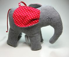 Traumifant Spieluhr in rot-grau // elephant plush toy with music box inside by tumult-berlin via DaWanda.com