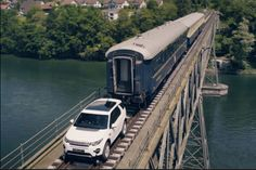 The little Land Rover that could. Click to watch this 2016 Land Rover Discovery Sport haul 108 tons more than 6.2 miles.