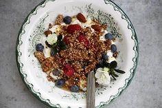 Granola - Ruokalan reseptit - Ilta-Sanomat