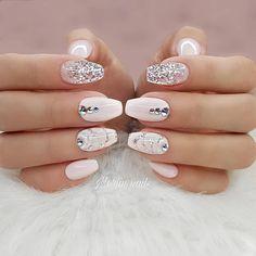 🔱🌹🔱🌹 #obukazanokte #edukacjazanokte #novisad #beograd #nails #nailstagram #nailsofinstagram #notpolish #manicure #artnails #fashionnails…