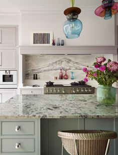 Our kitchen showroom in west London is located in the highly sought-after area of Notting Hill. View our stunning, luxury kitchens in inspirational room sets. Bespoke Kitchens, Luxury Kitchens, Cool Kitchens, Larder Cupboard, Kitchen Cupboards, Martin Moore Kitchens, Kitchen Showroom, Handmade Kitchens, West London