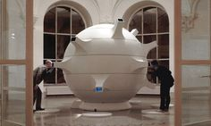 http://nau.coop/index.php#/exhibition/matterball/FMX_01b