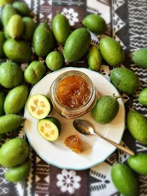 Feijoa jam, is like guava paste! Guava Recipes, Jam Recipes, Fruit Recipes, Vegan Recipes, Vegan Food, Canning Recipes, Pineapple Guava, Guava Jam, Guava Paste