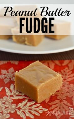 Delicious peanut butter fudge recipe would be a great treat idea to give as holiday gifts to family, friends and neighbors or a dessert for a Christmas party.