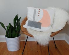 Hand painted floral pillow cover by kolorena on Etsy Sewing Pillows, Linen Pillows, Floral Pillows, Mid-century Modern, Pillow Covers, Mid Century, Peach, Hand Painted, Handmade Gifts