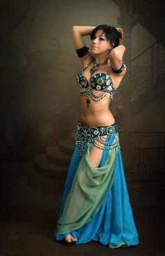 5fcb3e493 She emulates Mata Hari Gorgeous belly dance sandra odalisca raks sharki  bella costume coin orange