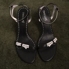 """NWOT Two Lips Sandals NWOT Two Lips Sandals Size 9 Leather Uppers. Black w/ white bows. 4 1/2"""" heels Two Lips Shoes Sandals"""