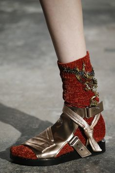 The complete Phillip Lim Fall 2016 Ready-to-Wear fashion show now on Vogue Runway. Socks And Sandals, Lace Heels, Quirky Fashion, Shoe Art, Legging, Fashion Socks, Phillip Lim, Sock Shoes, Fashion Details