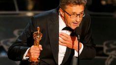 Director Pawel Pawlikowski holds his Oscar for IDA - Best Foreign Language Film Eddie Redmayne, Academy Awards, Best Actor, Hollywood, Actors, Film, Foreign Language, People, Movies