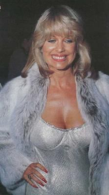 Phyllis Davis Nude Photos 33