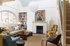 living room layout around spanish fireplace Modern Fireplace, Fireplace Design, Fireplace Mantels, Fireplaces, Fireplace Ideas Without Fire, Living Room Without Fireplace, Living Room Interior, Living Room Decor, Tongue And Groove Panelling