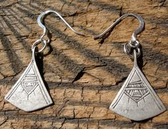 en forme de pièces en argent boucles d'oreilles sont chaque 0,75 x 0,75 ou 2 x 2…