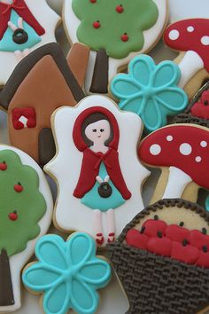 Little red riding hood cookies by Miss Biscuit