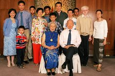 The Lee Family (全家富)