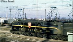 Pennsy rests at Arlington, Virginia& Potomac Yard with other power on December Electric Locomotive, Diesel Locomotive, Steam Locomotive, Arlington Virginia, Milwaukee Road, Pennsylvania Railroad, Train Art, Train Pictures, Electric Train
