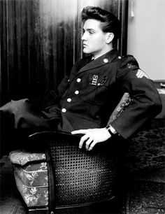 Elvis in uniform.