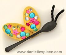 Butterfly Craft Made from Plastic Spoons From www.daniellesplace.com