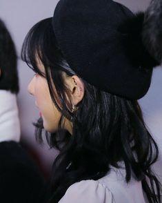 Eunha Role Player, Jung Eun Bi, Winter Festival, G Friend, Face Claims, Kpop Girls, Pin Up, Idol, People