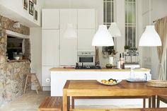 Cocina FAKTUM con frentes ABSTRAKT blanco de alto brillo MELODI lámpara de techo €16,99 Ø38 cm. Blanco 101.229.11