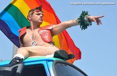 Tel Aviv Pride: crónica, opinión, videos y fotografías sobre el evento de la comunidad LGBTQ más grande e importante de Oriente Medio.