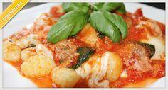 La ricetta degli gnocchi alla sorrentina, piatto tipico della costiera veloce da preparare in pochi passaggi.