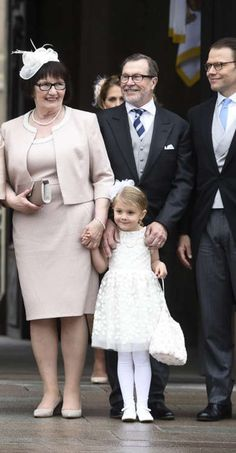 Super Cute HRH Princess Estelle with her paternal grandparents and daddy at baby brother's Prince Oscar's christening.