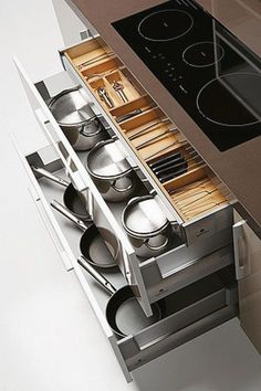 Superb DIY kitchen storage solutions for small spaces and ideas to save space n. 01 (Stunning DIY kitchen storage solutions for small spaces and ideas to save space ideas and design photos – Type Of Kitchen Storage Best Kitchen Cabinets, Big Kitchen, Smart Kitchen, Kitchen Drawers, Pantry Cabinets, Organized Kitchen, Kitchen Pantry, Kitchen Appliances, Kitchen Modern