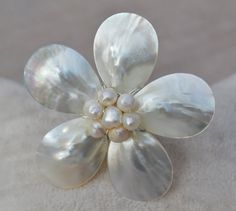 Shell flower ringfreshwater pearl ringwedding by goodgoodjewelry,