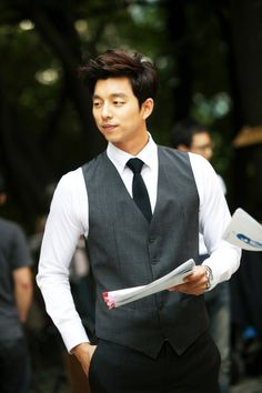 Gong Yoo (공유) - Picture @ HanCinema :: The Korean Movie and Drama Database Korean Star, Korean Men, Asian Men, Asian Guys, Kdrama, Asian Actors, Korean Actors, Korean Dramas, Gong Yoo Coffee Prince