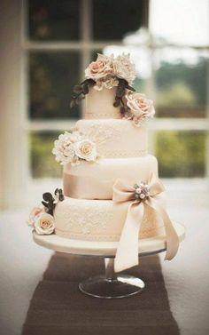 Country vintage wedding cake
