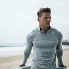 Sharp Dressed Man, Well Dressed Men, Steve Cook Bodybuilding, Sport Fashion, Fitness Fashion, Gym Outfit Men, Workout Attire, Gym Style, Muscular Men