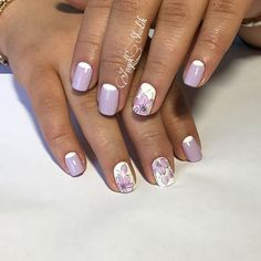 A stylish spring manicure is made from white-purple tones in sensual pastel colours. Moon stripes add to it contrast, large ...
