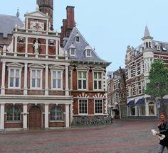 Rechterkant stadhuis bij de Zijlstraat te Haarlem