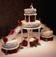 Wedding Cakes with Fountains | Original Embed