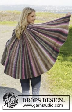 """Knitted DROPS shawl in garter st with short rows in """"Delight"""". ~ DROPS Design…"""