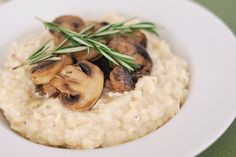 Smoked Gouda Risotto with Mushrooms - impress your friends with this fancy BUT EASY dish!