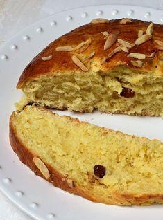 3x recept na velikonoční mazanec (tradiční, špaldový a tvarohový) Happy Easter, Banana Bread, Baking, Pizza, Recipes, Party Time, Food, Happy Easter Day, Bakken