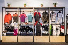 New Zombie, Bicycle Store, Bike Mount, Bike Life, Store Design, Wardrobe Rack, Workshop, Sport, Boutique