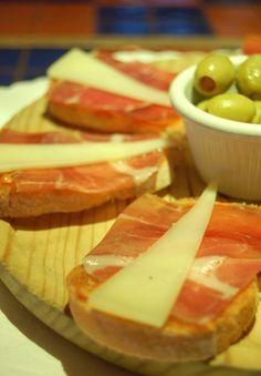 jamon con aceituna y queso