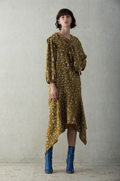 Christian Wijnants Resort 2018 Collection Photos - Vogue
