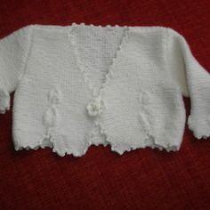 Gilet de baptême blanc tricoté main 6 mois