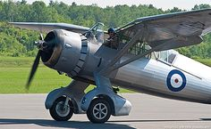 Vintage Planes The Sergeant Clifford Stewart Westland Lysander IIIA > Vintage Wings of Canada - Navy Aircraft, Ww2 Aircraft, Military Aircraft, Ww2 Fighter Planes, Fighter Jets, Westland Lysander, Funny Vintage Photos, Plane Photos, Airplane Flying