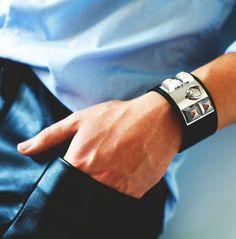 Bracelet Hermès Collier de Chien. Noir, évidemment !