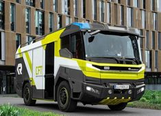 World's First All-Electric Fire Truck Unveiled At Menlo Parkt by Volvo Penta And Rosenbaum 1970 Ford Mustang, Electric Fires, Emergency Vehicles, All Cars, Fire Engine, Commercial Vehicle, Diesel Engine, Automotive Design, Police Cars